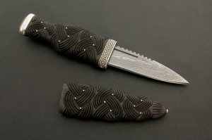 Sgian Dubh with carved handle and sheath and Iona Marble Pommel Stone
