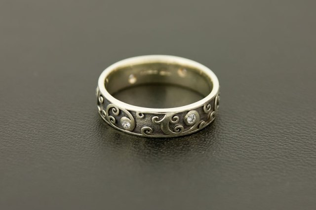 White Gold and Diamonds Wedding Ring