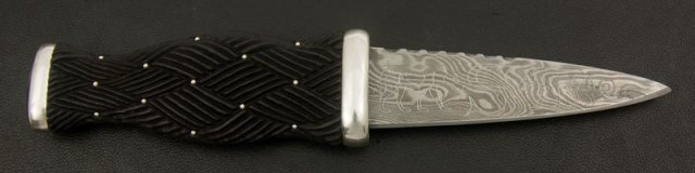 Pictish Wolves Engraved Sgian Dubh