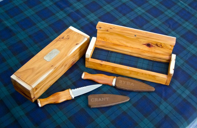 Yew and Amethyst Sgian Dubh Set