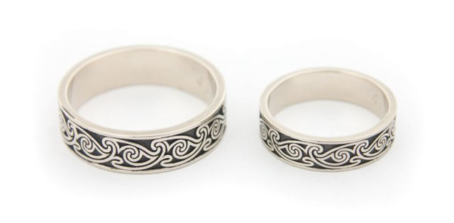 Celtic Spiral White Gold Wedding Rings