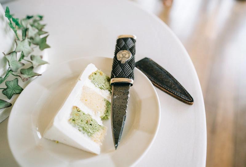 Sgian Dubh with Bog Oak handle, New Zealand Jade Pommel and Dutch Damascus Blade